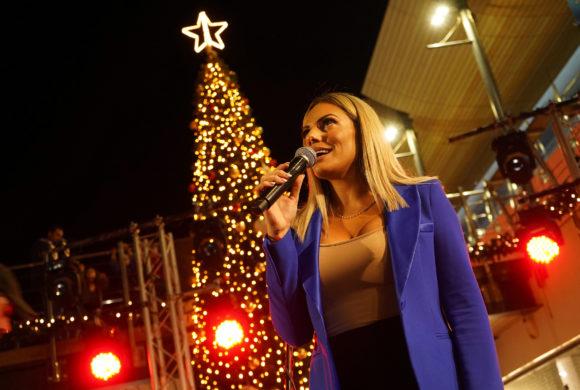 Φωταγώγηση χριστουγεννιάτικου δέντρου TALOS PLAZA 2019 [φωτογραφίες]